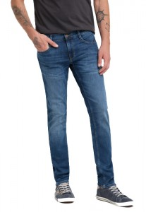 Jean homme Mustang Oregon Tapered 1008217-5000-943