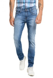 Jean homme Mustang Oregon Tapered 1009548-5000-743